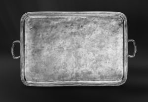 Großes Rechteckiges Tablett aus Zinn mit Henkeln - Rechteckiges Zinntablett mit Henkeln (Art.517)