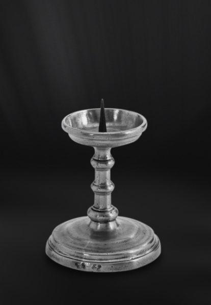 Kerzenhalter aus Zinn (Art.280)
