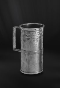Messbecher aus Zinn mit Henkel (Art.173)