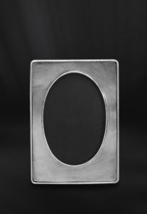 Ovaler Bilderrahmen aus Zinn (Art.485)