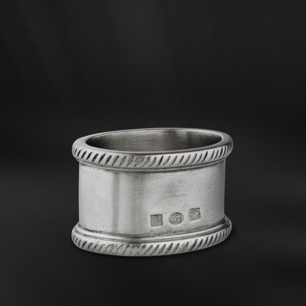 Ovaler Serviettenring aus Zinn (Art.873)